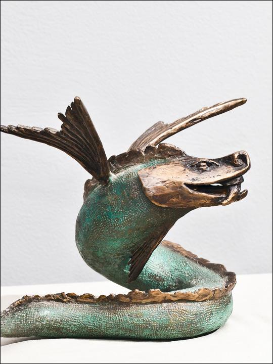 Figuras de animales. Dragón de bronce.