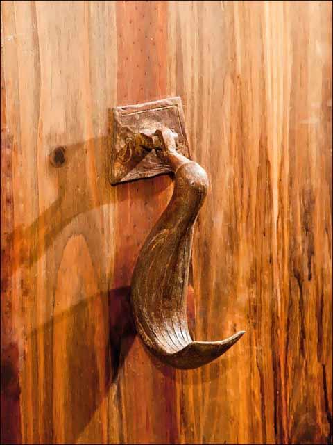 Llamador de puerta. Aldaba pájaro.