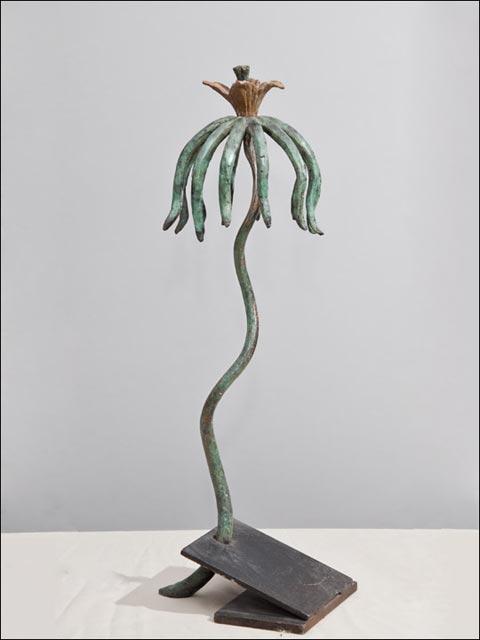 Figuras de bronce. Flor crasa 8.