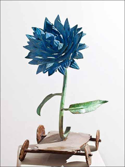 Escultura flor - flores de bronce - figuras de bronce - flor prusia