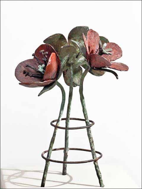 Flores de bronce. Ramo de tres flores